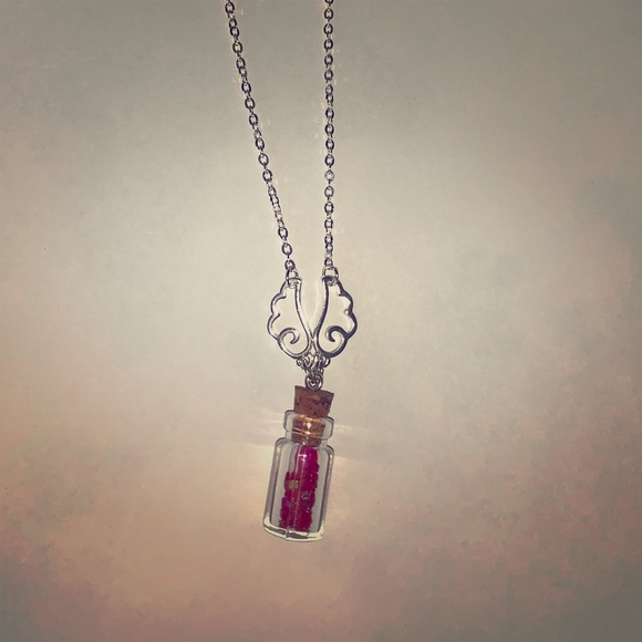 """Jewelry - """"Jar of Hearts"""" Necklace"""